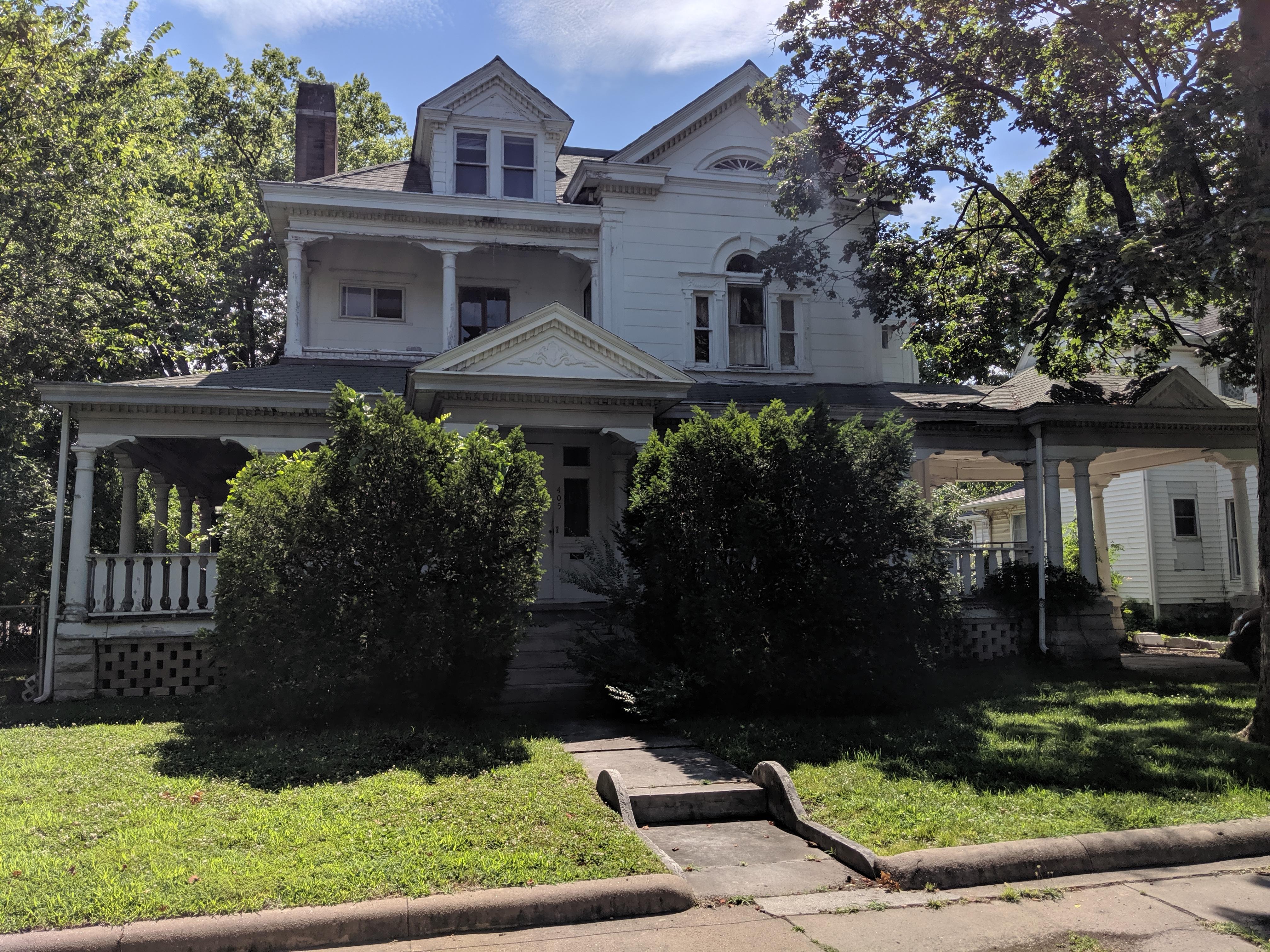 405 S Moffet Avenue Joplin, MO 64801